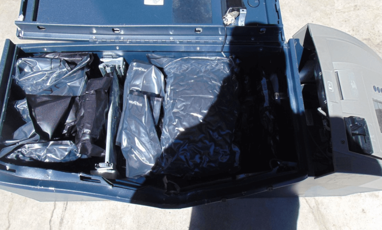 A Florida man has been arrested after Nebraska State Patrol soldiers found more than 400 pounds of marijuana in ATMs